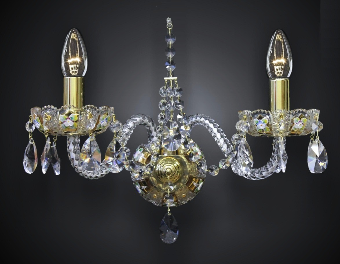 6 Arms Crystal Chandelier High Enamel On A Golden Background