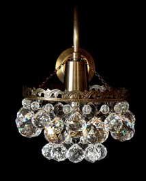1 Arm crystal wall light with metal arm & cut crystal balls - ANTIK brass