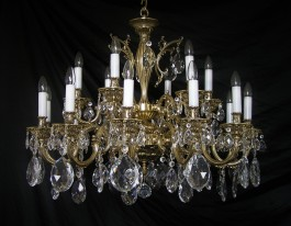 18 Arms Cast brass chandelier with crystal almonds