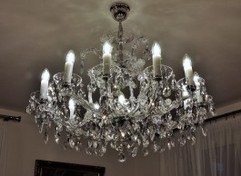 General view of a silver Theresian chandelier with an adjustment for the lower ceiling