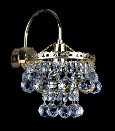 One-bulb gold wall sconce with cut crystal balls