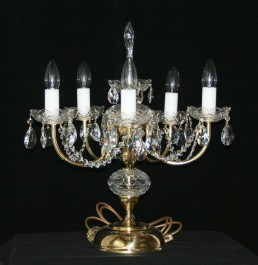 5 arms cut crystal table lamp with cut almonds - polished brass
