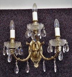 Luxury 3 Arms Cast brass wall light with PK500 hand cut & Crystal almonds