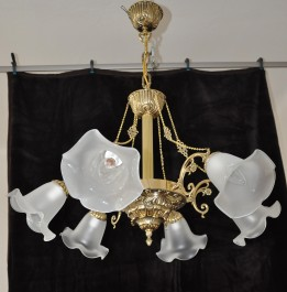 6 bulbs cast brass chandelier with glass flowers