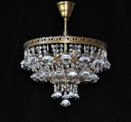 3 Bulbs basket crystal chandelier with diamond shaped pendants - ANTIK brass