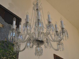 12-arm crystal chandelier in Baccarat style