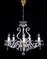 The 5 arms crystalchandelier with large glass horns