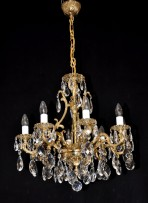 General view of pure gold chandelier