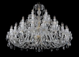 Crystal chandelier with high light output