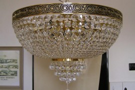 The Surface mounted large Strass basket chandelier 18 bulbs