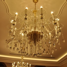 12-arm blown glass chandelier with crystal almonds - Matt gold brass