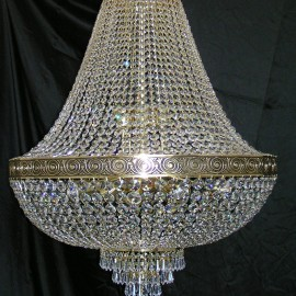 Large 18-bulb brass basket crystal chandelier with with the cast brass belt