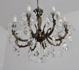 8-arm Luxury cast chandelier vith PK500 hand cut bobeches
