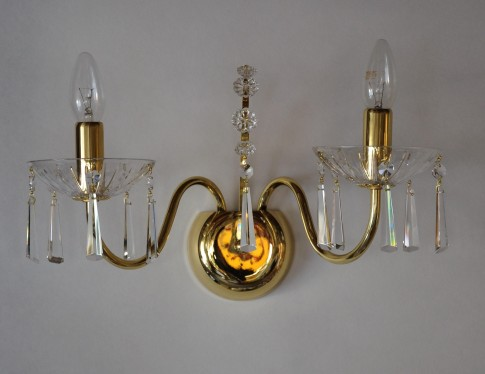 2 Arms tubular brass crystal wall light with cut crystal hooves