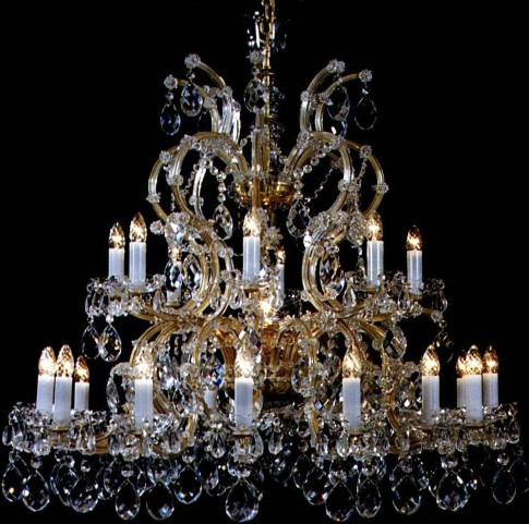 24 flames Maria Theresa crystal chandelier with almonds