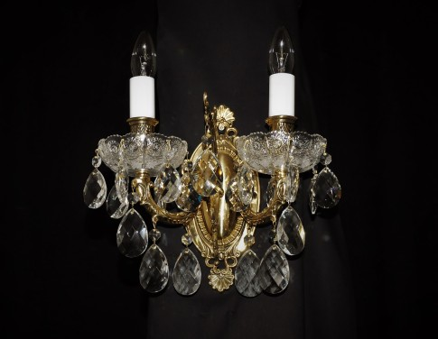 2 Arms Cast brass wall light with PK500 hand cut & Crystal almonds