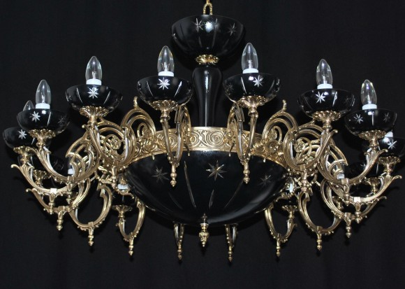 The custom-made black basket chandelier with 16 cast brass arms