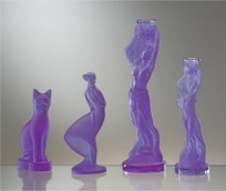 Candlesticks made of purple glass (Alexandrit)